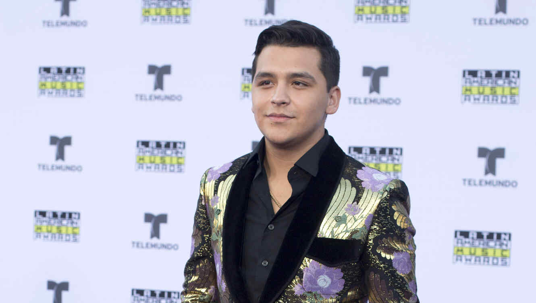 Christian Nodal en los Latin AMAs 2017