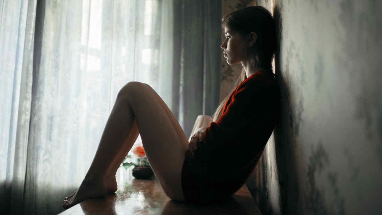 Resultado de imagen para mujer deprimida