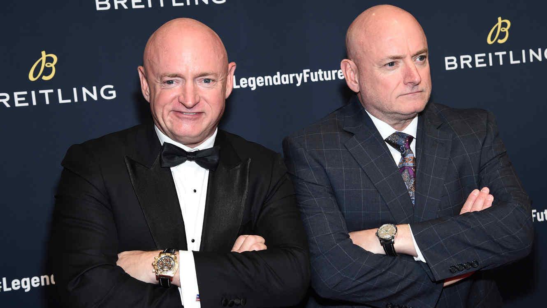 Astronautas gemelos Scott y Mark Kelly