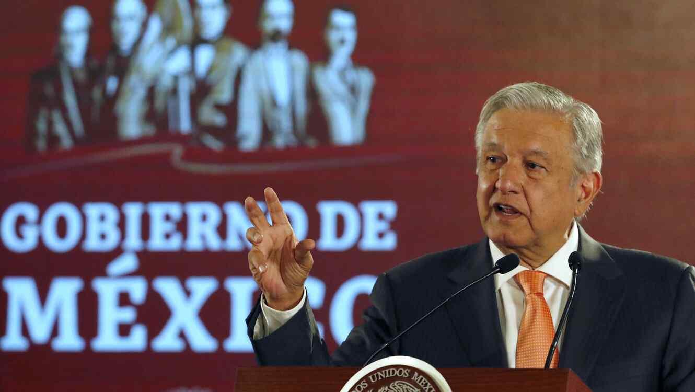 Andres Manuel Lopez Obrador durante una ceremonia en el Palacio Nacional en Ciudad de México el 9 de abril de 2019