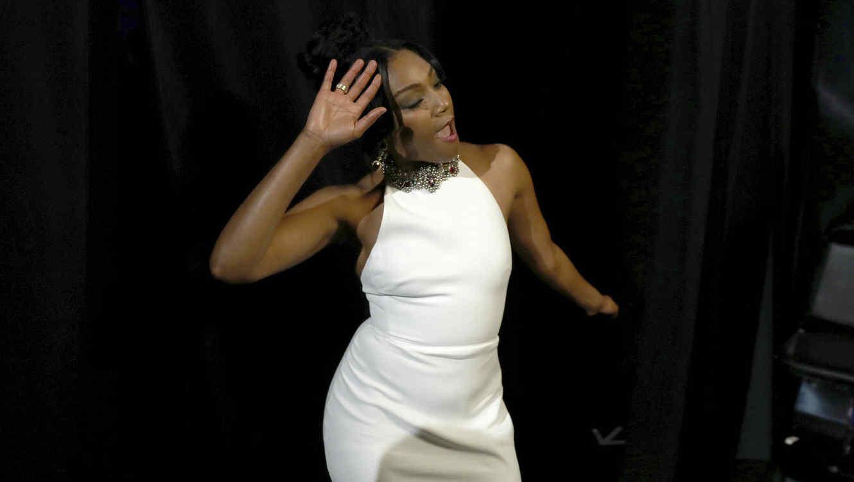 Tiffany Haddish quiere usar su vestido blanco todo lo que pueda