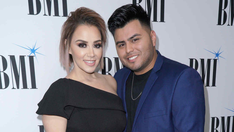 Rosie Rivera y su esposo Abel Flores