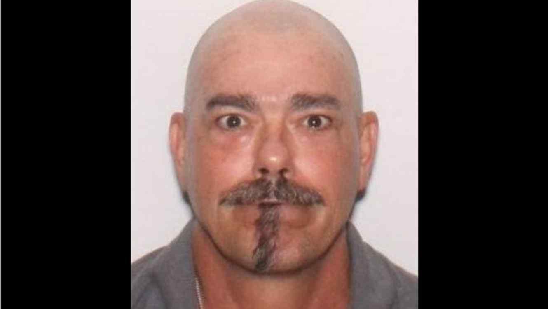Michael Stinson acusado de violar hija de ex novia