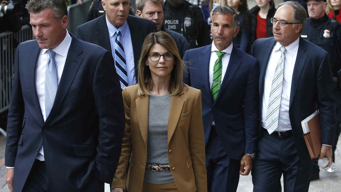 Lori Loughlin and Husband to Fight New Charges in Admissions Case