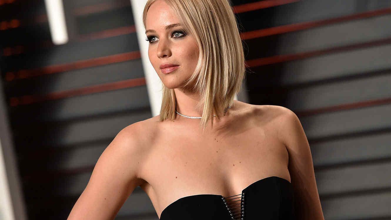 Jennifer Lawrence en la fiesta de los Oscars de Vanity Fair
