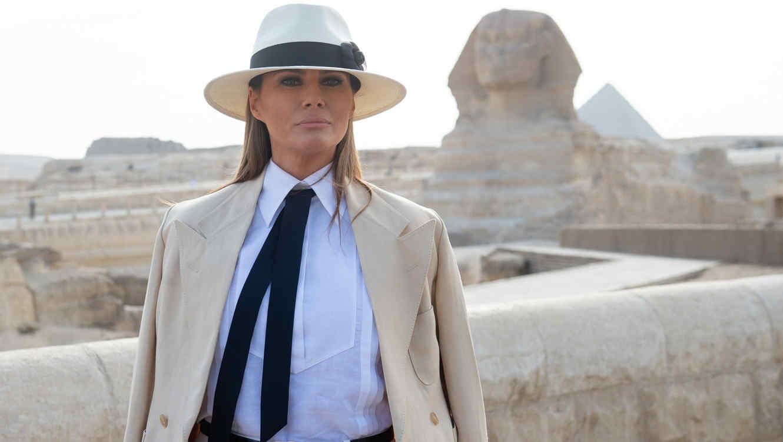 Melania Trump de visita en las Pirámides de Egipto