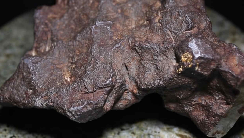 Viejo tope de puerta resulta ser meteorito de $100,000