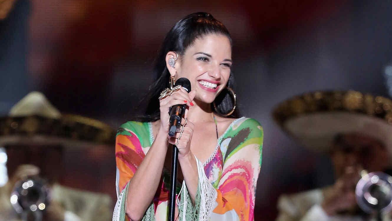 Natalia Jimenez en el iHeart Radio Fiesta Latina