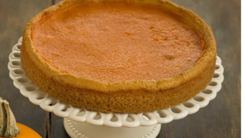 Receta de cocina f cil pastel de calabaza telemundo for Videos de cocina facil