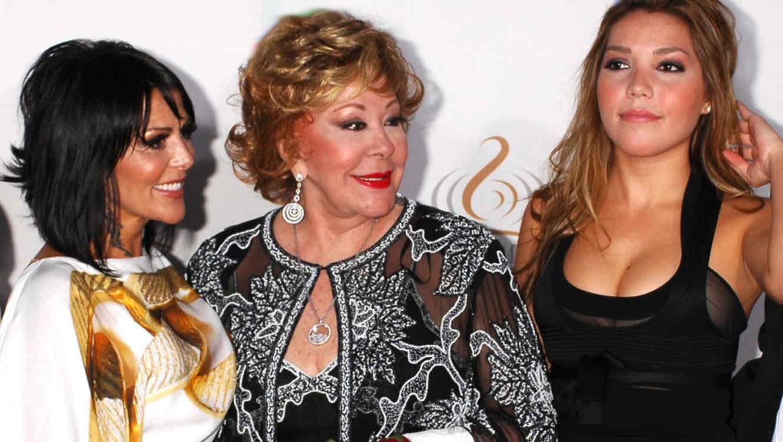Silvia Pinal dice que su nieta no le hace caso e insinúa que Frida ...