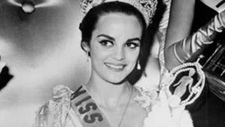 Corinna Tsopei, Miss Universo 1964