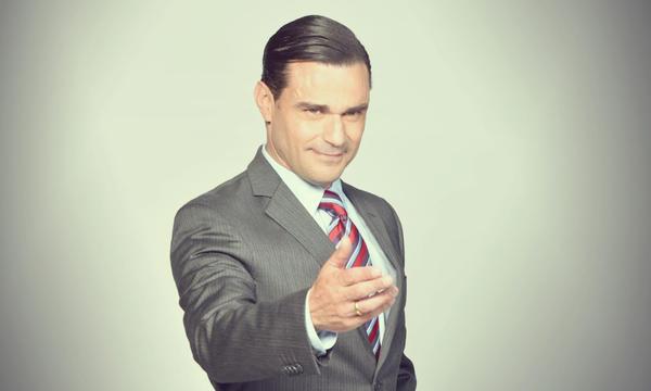 Carlos Torres es Enrique Torres en El Señor de los Cielos 3