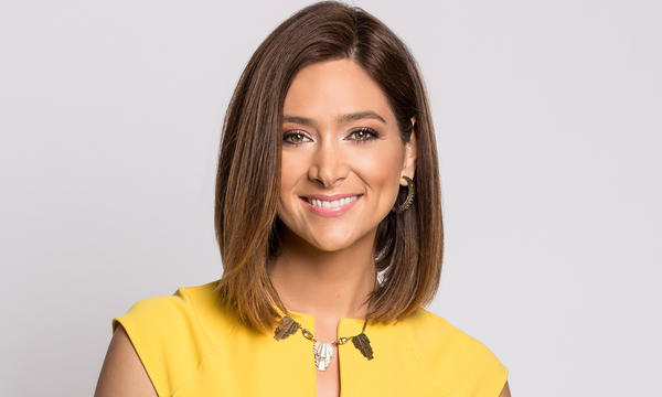 Felicidad Aveleyra, presentadora de Noticias Telemundo Mediodía