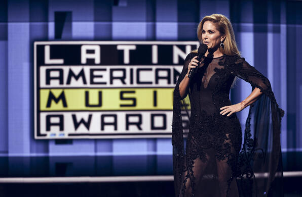 Lucero en los Latin American Music Awards 2016