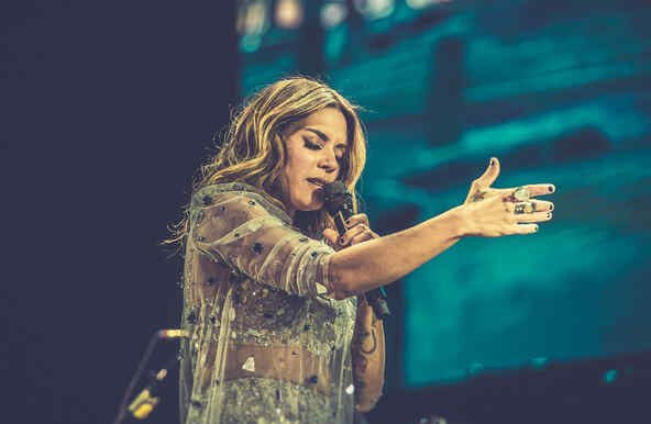 Kany Garcia in concert in Puerto Rico
