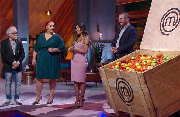 Reto de eliminación con tomates en MasterChef Latino 2