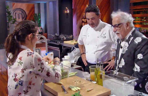 Chefs Nelson Fernández y Ennio Carota con Lauren Arboleda en MasterChef Latino 2