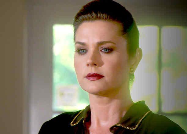 Sonya Smith furiosa en Tierra de Reyes