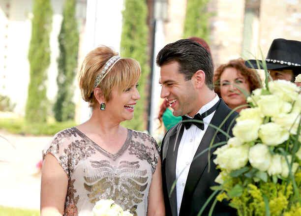 Diana Quijano y Christian de la Campa casándose en Tierra de Reyes
