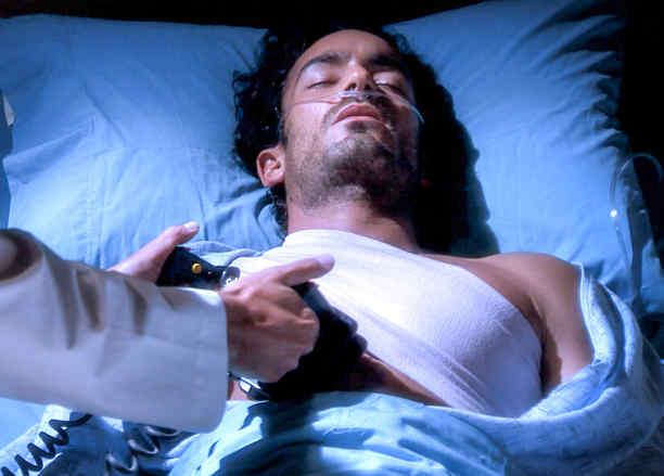 Aarón Díaz sufriendo un paro cardíaco en Tierra de Reyes