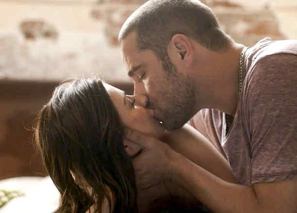 Ludwika Paleta, Michel Brown, besándose, La Querida del Centauro