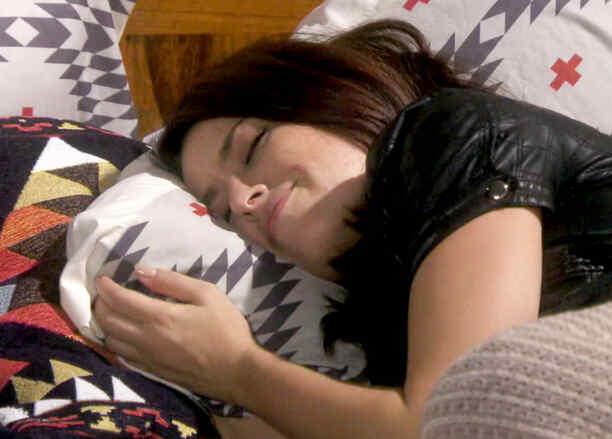 Sofía Lama se muda a casa de Arap Bethke en Eva la Trailera