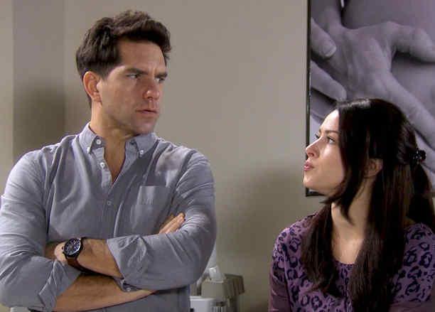 Arap Bethke y Sofía Lama se enteran que su hija nacerá antes de tiempo en Eva la Trailera
