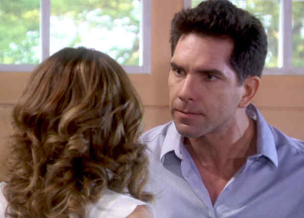 Arap Bethke discute con Edith González en Eva la Trailera