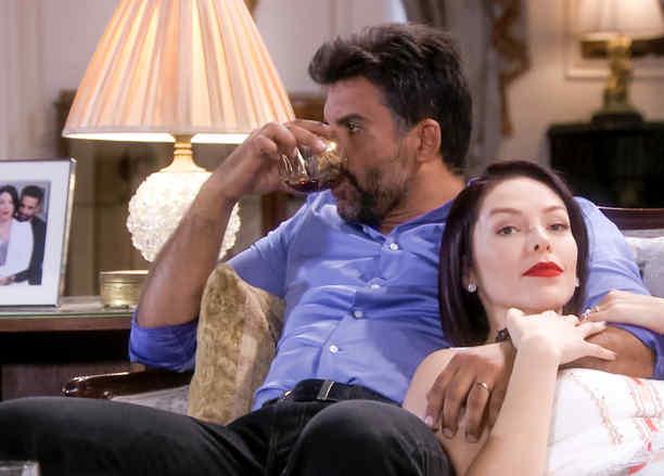 Erika de la Rosa, Jorge Luis Pila se amenazan en Eva la Trailera