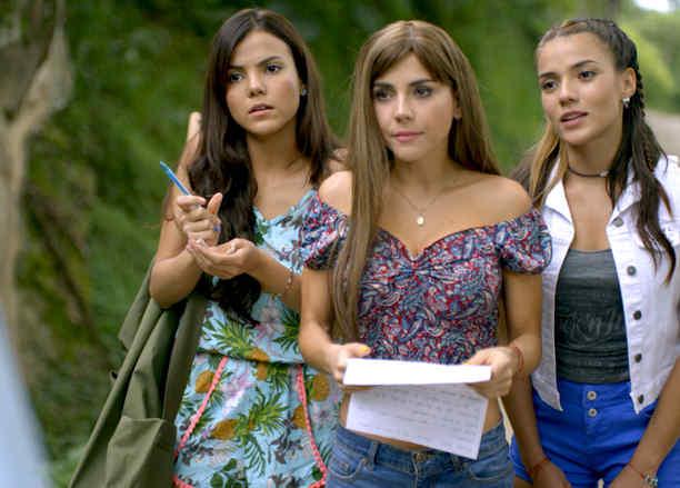 Carolina Gaitán, Jennifer Arenas y Diana Isabel Acevedo en Sin Senos Sí Hay Paraíso
