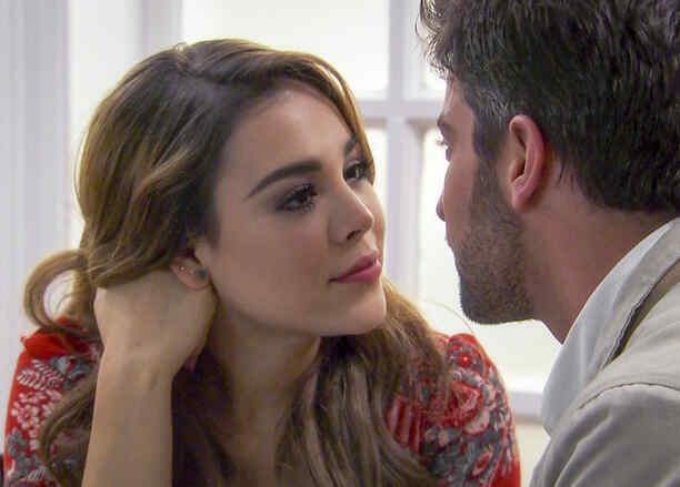 David Chocarro y Danna Paola en La Doña