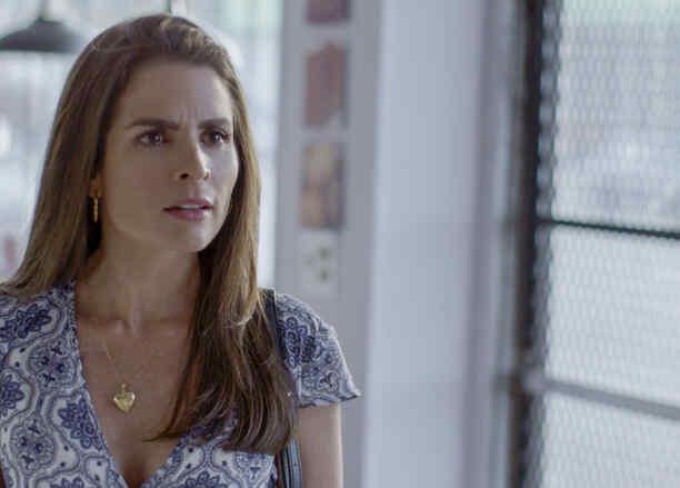 Daniela Bascope en Al Otro Lado Del Muro