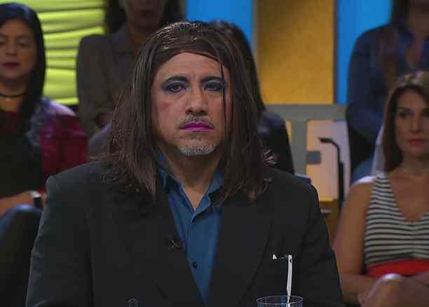 """""""Vestido y barba no"""" y """"Corazón inocente"""""""