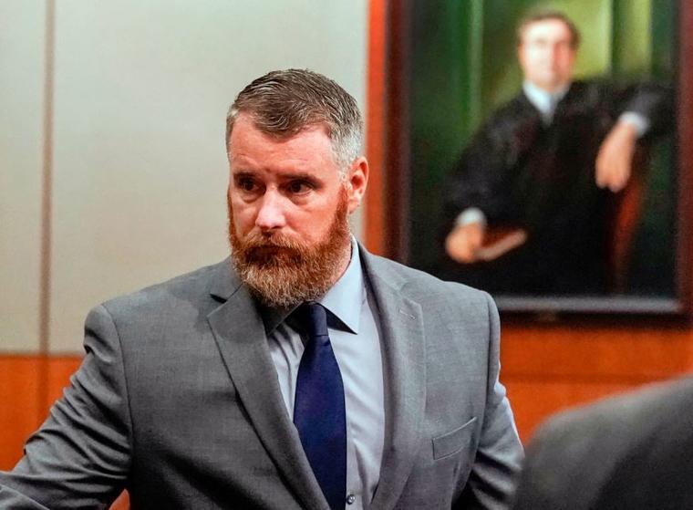 Terry Thompson, acusado de asfixiar fatalmente a John Hernández, en la corte en Houston.