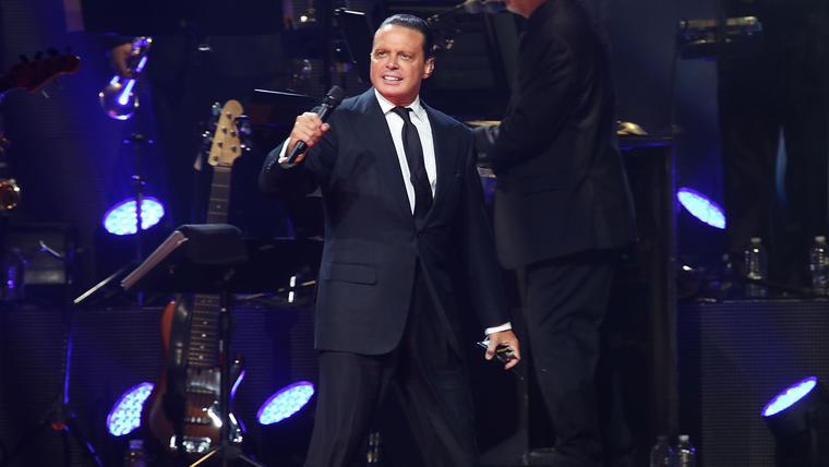 Luis Miguel en concierto en Miami en 2015