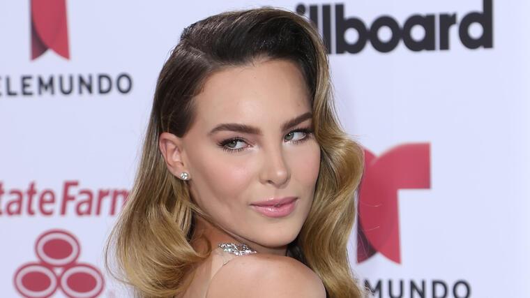 Belinda en los premios Billboard 2015