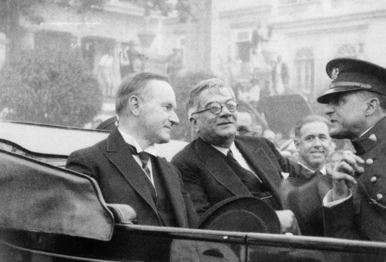 Los presidentes de Estados Unidos, Calvin Coolidge y de Cuba, Gerardo  Machado, durante la visita del mandatario estadounidense a la isla en 1928
