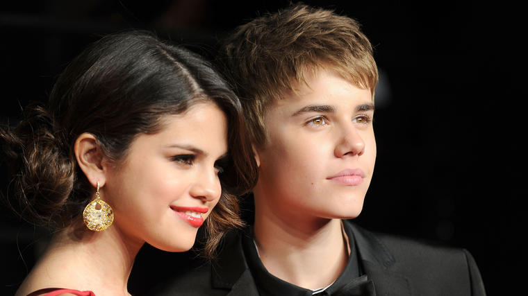 Selena Gomez y Justin Bieber en la fiesta Vanity Fair 2011