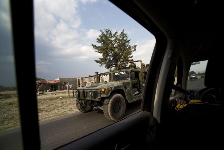 Una patrulla militar en el estado de Puebla el pasado 10 de mayo.