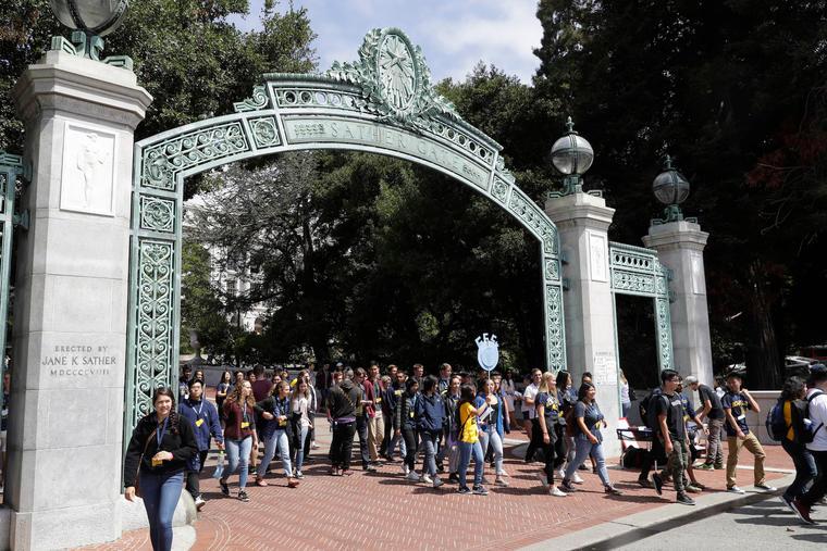 Estudiantes de la Universidad de Berkeley en California.