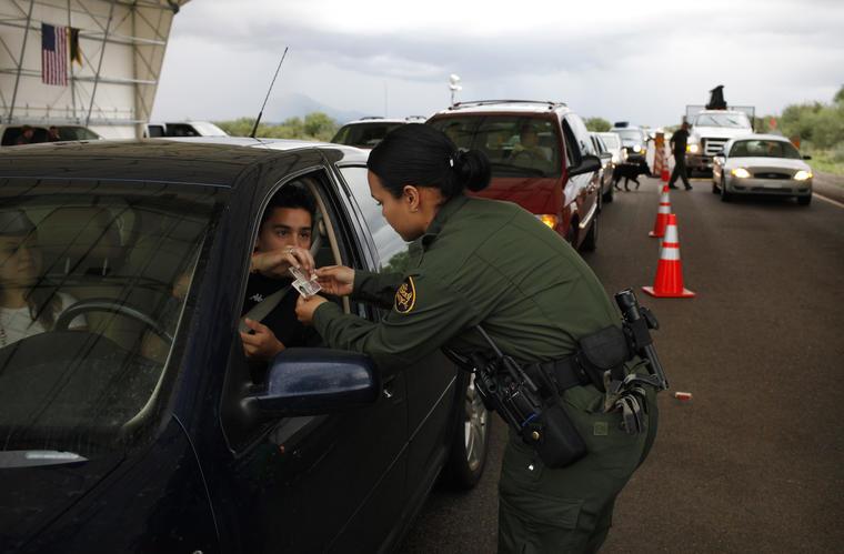 Imagen de archivo de un control de la Patrulla Fronteriza en Arizona en 2010.