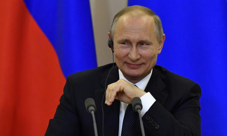 Putin, en una imagen de archivo de una conferencia de prensa en mayo de 2017.