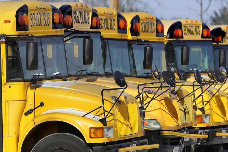 Buses de una escuela pública en Sprinfield, Illinois.