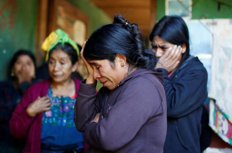 Catarina Alonzo, madre de Felipe Gómez Alonzo, el niño de 8 fallecido bajo la custodia de Aduanas y Protección Fronteriza (CBP), en su casa en el pueblo de Yalambojoch, Guatemala, este 27 de diciembre de 2018.