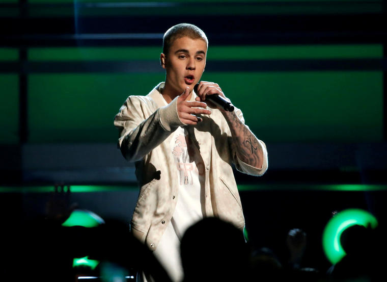 FILE PHOTO: Singer Justin Bieber performs a medley of songs at the 2016 Billboard Awards in Las Vegas