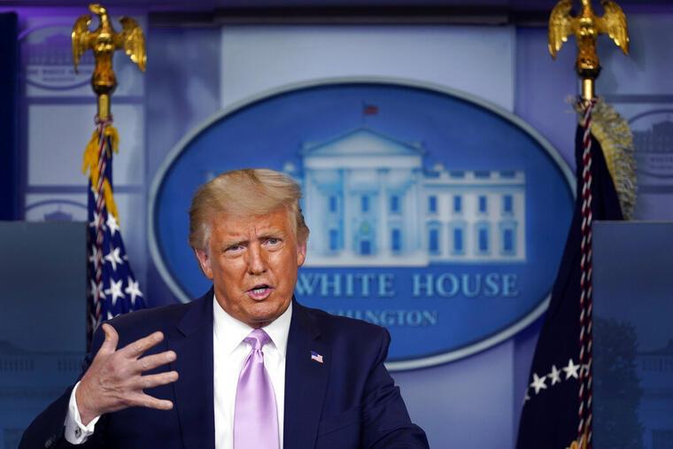 El presidente, Donald Trump, ofrece rueda de prensa en la Casa Blanca