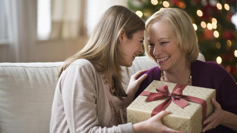 Regalos para mamá en Navidad por menos de 50 dólares
