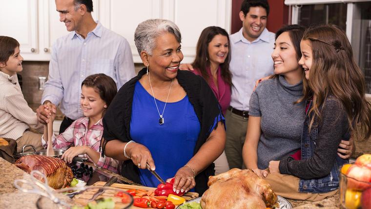 Cena de Navidad y Año Nuevo: Utensilios de cocina esenciales