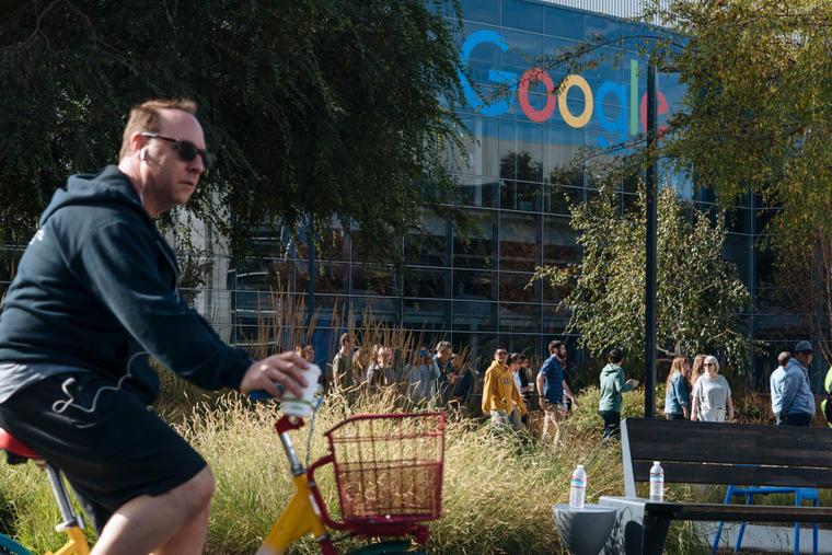 Protestas en las oficinas de Google en California.