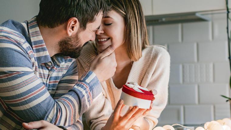 Ideas de regalos de Día de San Valentín para novias y mujeres especiales